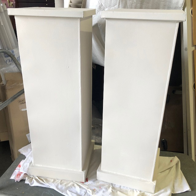 PLI0009 PLINTH, White Metal 90cm High $37.50