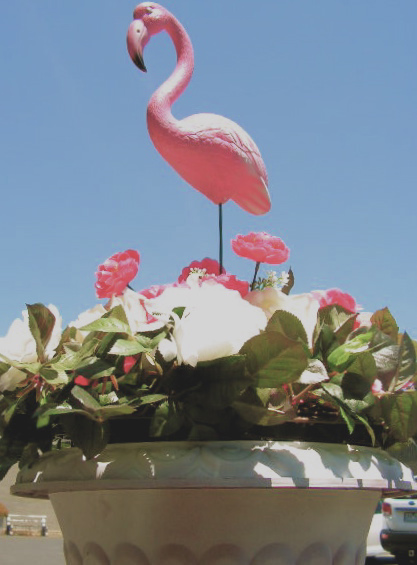 Floral Display with BIR0009 BIRD, Flamingos on Stand - 1950s Featherstone $9