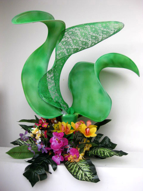 CEN0011 CENTREPIECE - Tropical Green Flame $37.50