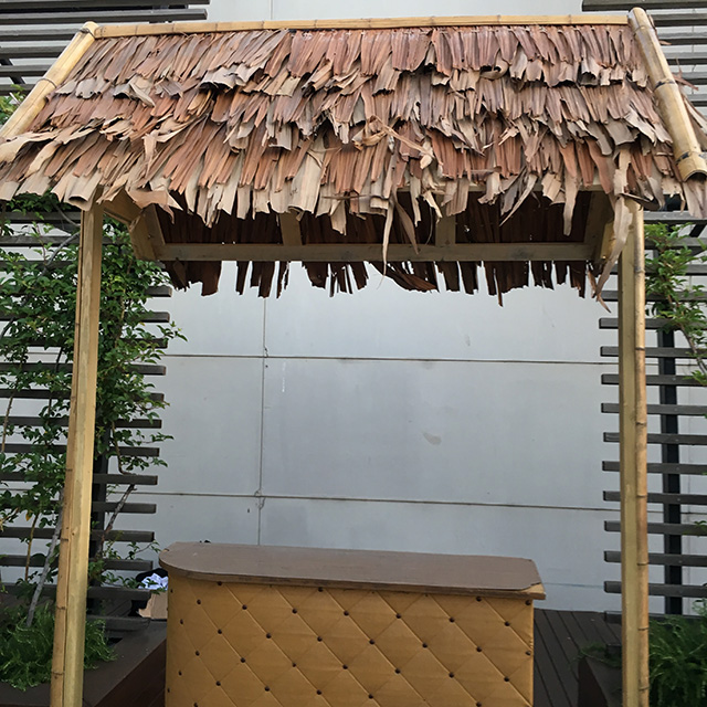 TIK0001 TIKI HUT, Bamboo Legs w Thatched Roof (1.2m W x 2.6m H) $250 (pictured with optional Bar)