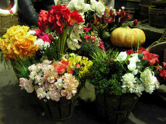Event Styling - Assorted Floral in Bushel Baskets