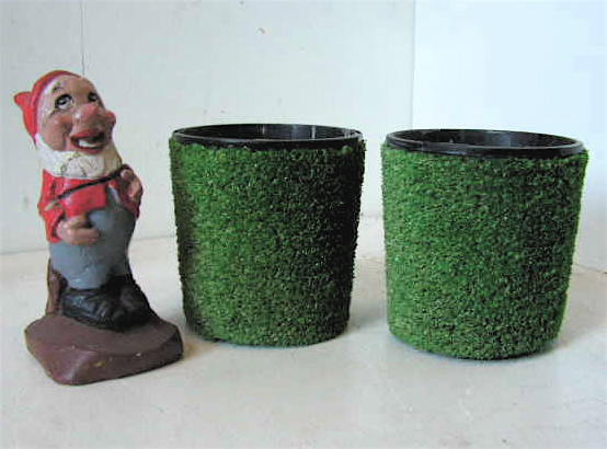 POT0120 POT, Single Grass Covered Pot (Cement Filled) - 15cm high - For Floral or Lollipops $6.25