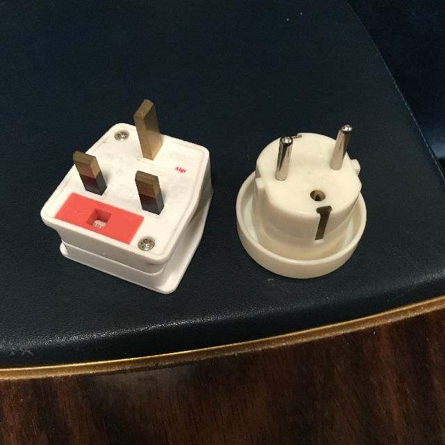 TRA0104 TRAVEL PLUG, Adaptor $5