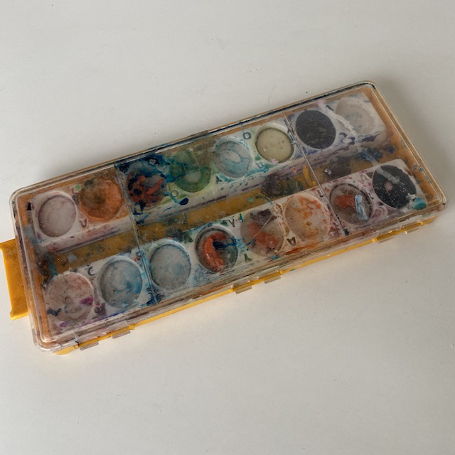 PAI0012 PAINT BOX, Water Colour Set in Yellow Box $5