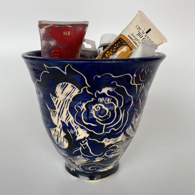 VAS0095 VASE, Blue Glazed w Paint $15