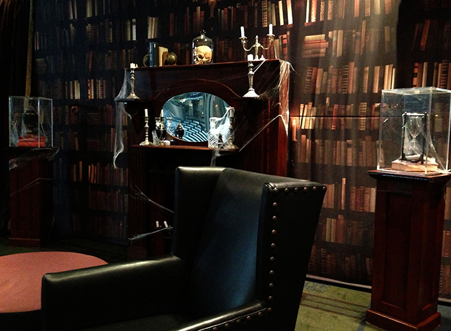 GENTLEMAN'S STUDY (Library Backdrop)
