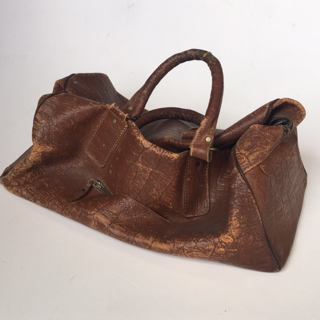 BAG0022 BAG, Gladstone Style - Aged Brown Soft Leather $12.50