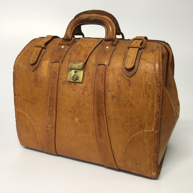 BAG0023 BAG, Gladstone Style - Aged Tan $20