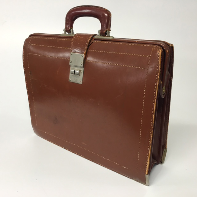 BRI0007 BRIEFCASE, Expanding Style - Light Brown $18.75