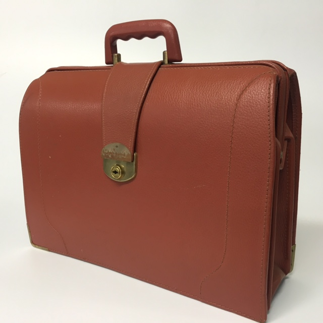 BRI0009 BRIEFCASE, Expanding Style - Rust Brown $18.75