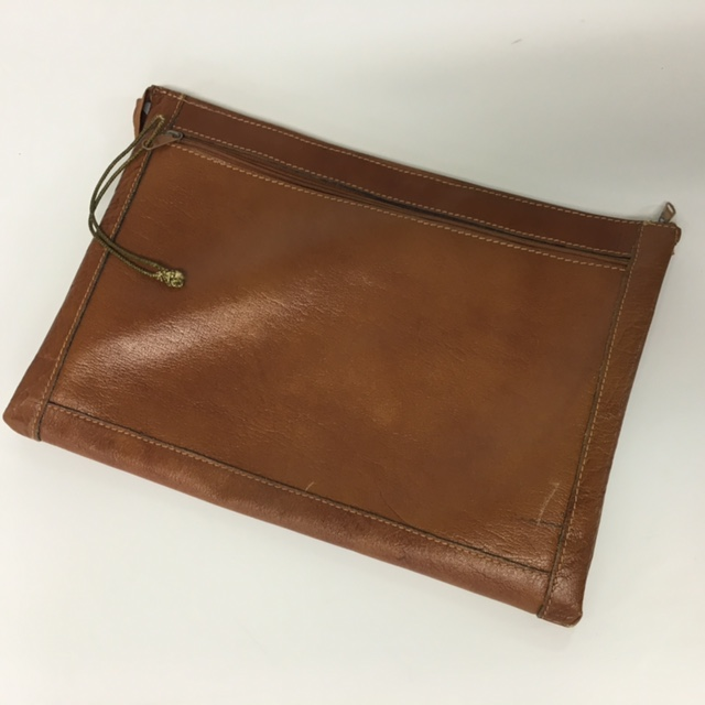 DOC0024 DOCUMENT WALLET, Tan $10