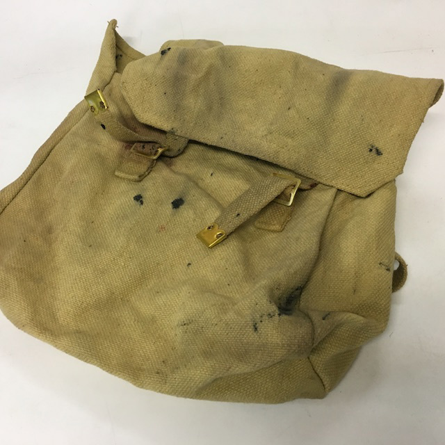 BAG0136 BAG, Army Surplus Backpack - Khaki Canvas (Aged) $10