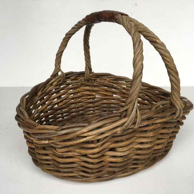 BAS0110 BASKET, Shopping - Vintage w Leather Handle Detail $15