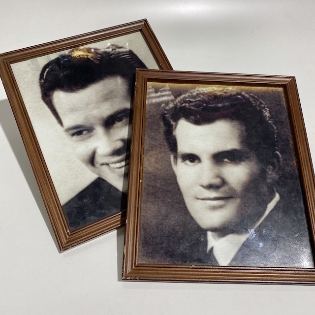 HAI0022 HAIRSTYLE PHOTOS, Mens Barber Headshots in Brown Frame $7.50