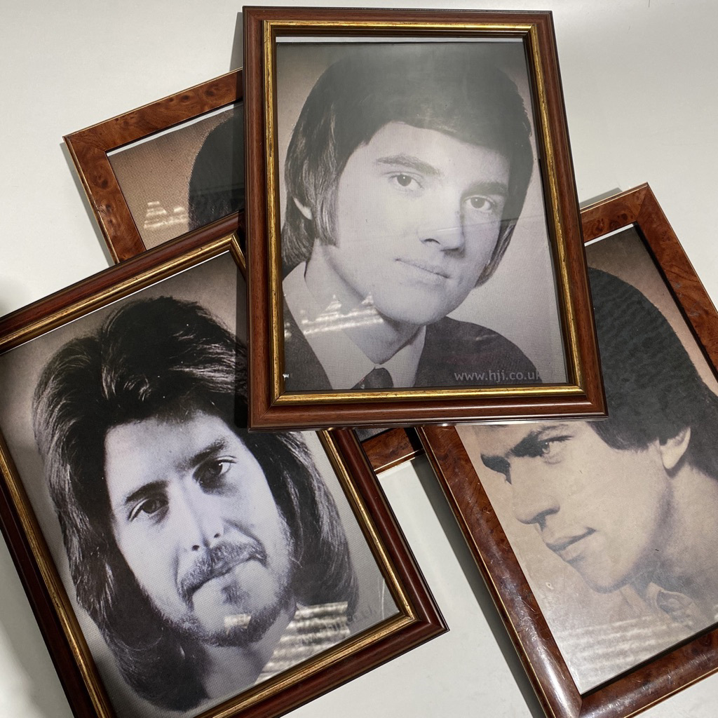 HAI0023 HAIRSTYLE PHOTOS, Mens Barber Headshots in Brown Gold Frame $7.50