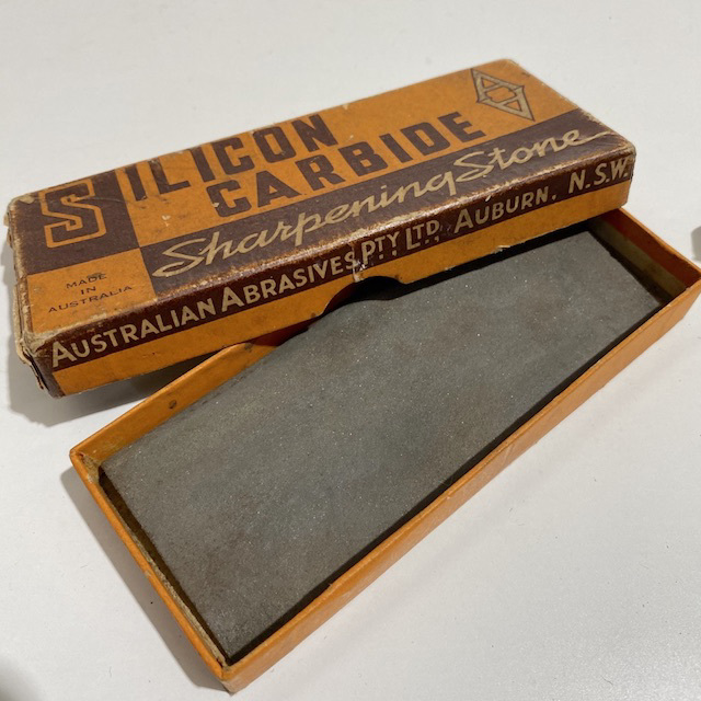 PAC0011 PACKAGING, Silicon Carbide Sharpening Stone Boxed - Vintage $10