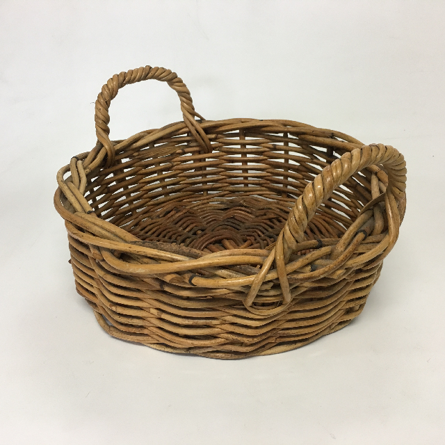 BAS0154 BASKET, Shallow Small w Handles $6.25