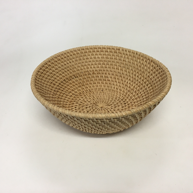 BAS0090 BASKET, Shallow Small Display Basket $3.75