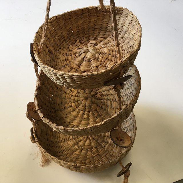BAS0026 BASKET, Hanging Set of 3 $8.75