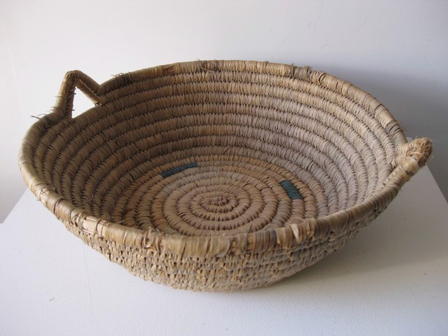 BAS0010 BASKET, Shallow Large Woven w Handles $12.50