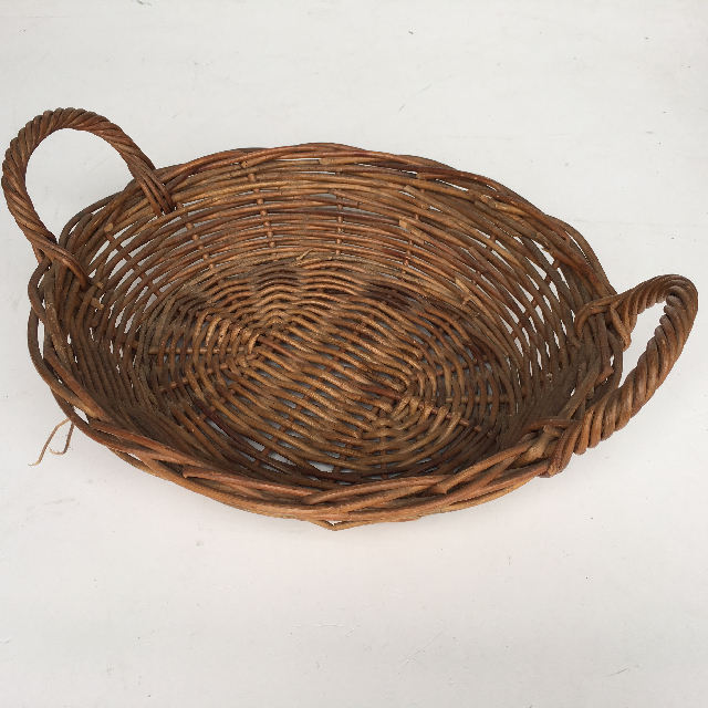 BAS0084 BASKET, Shallow Medium w Handles $7.50