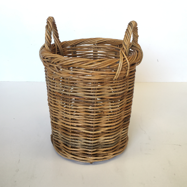 BAS0075 BASKET, Small Narrow 20-30cm $7.50