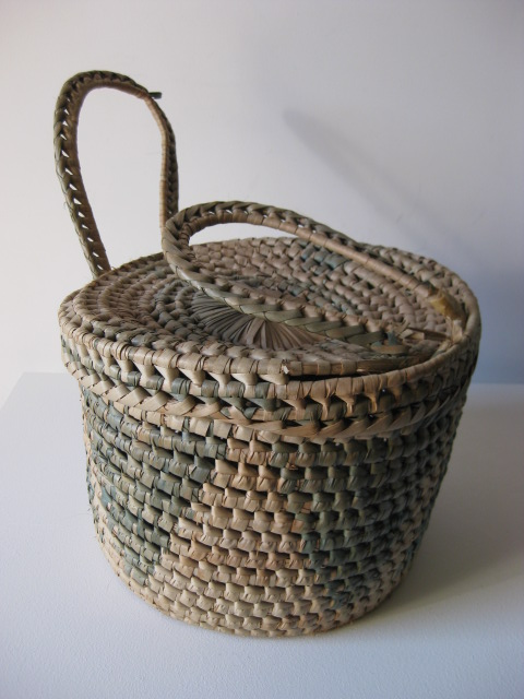 BAS0006 BASKET, Woven w Triangle Design $12.50