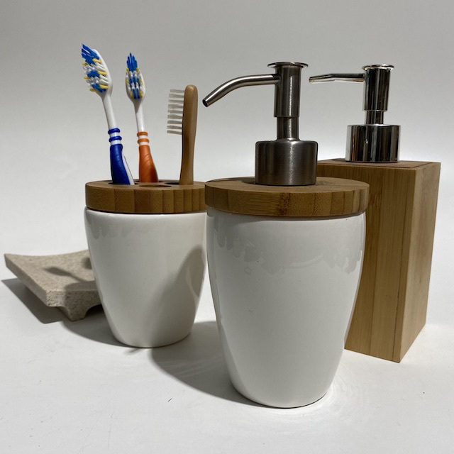 BAT0055 BATHROOM ACCESSORY, Contemp White Wood Pump Pack or Toothbrush Holder $3.75