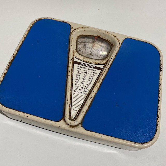 BAT0061 BATHROOM SCALES, Vintage Blue $12.50