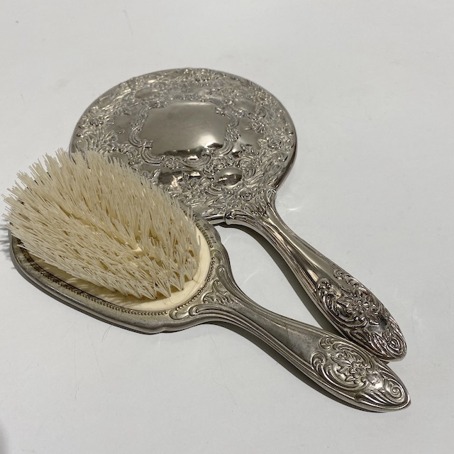 HAI0026 HAIR BRUSH & HAND MIRROR SET, Vintage Silver Round $15