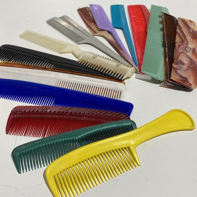 HAI0002 HAIR COMB, Plastic Assorted $1.25