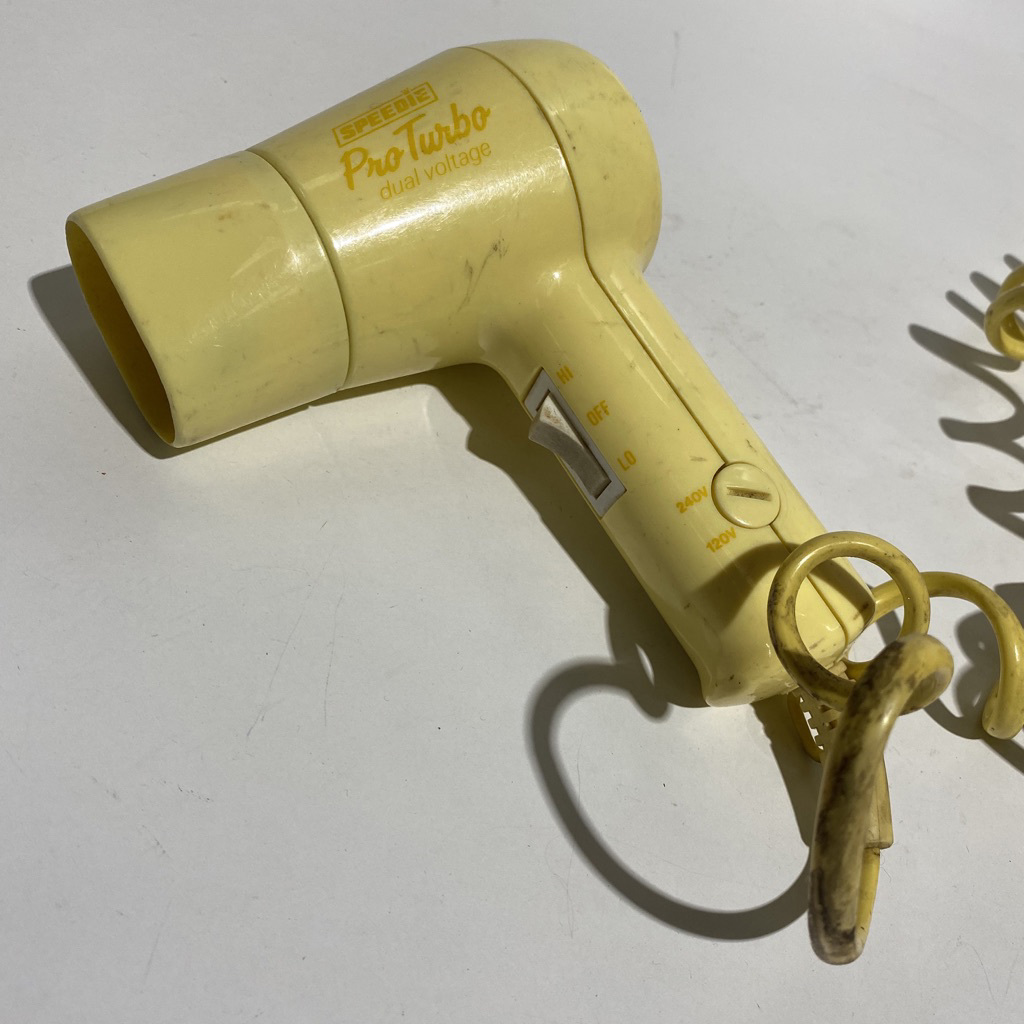 HAI0006 HAIR DRYER, 1960s Retro Yellow Small - Speedie $10