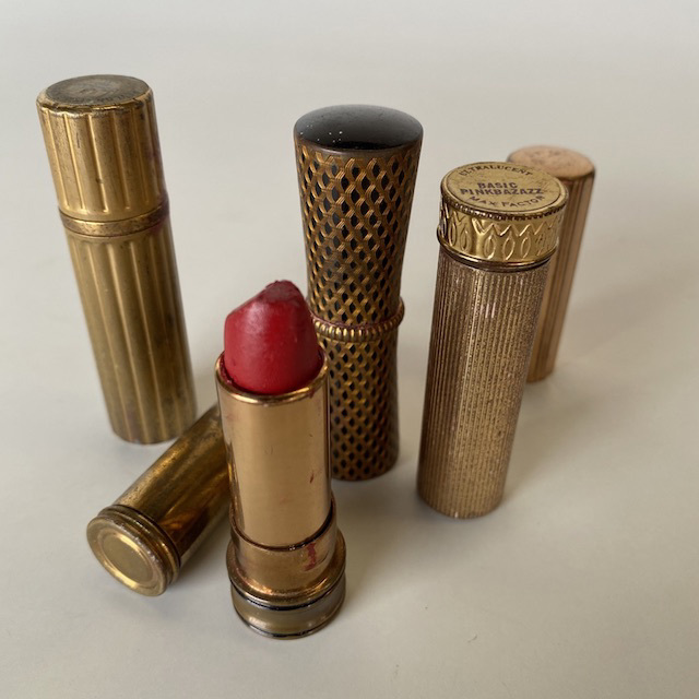 MAK0017 MAKE UP, Lipstick Vintage Gold $6.25