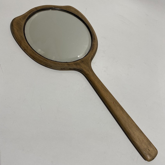 MIR0019 MIRROR, Hand Held Wooden - Vintage $7.50