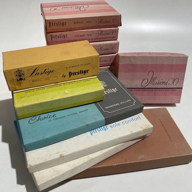 PAC0014 PACKAGING, Nylon Stocking Box - Vintage $5