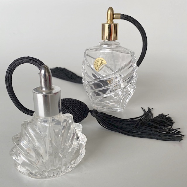 PER0011 PERFUME ATOMISER, Spray Bottle w Back Tassel $7.50