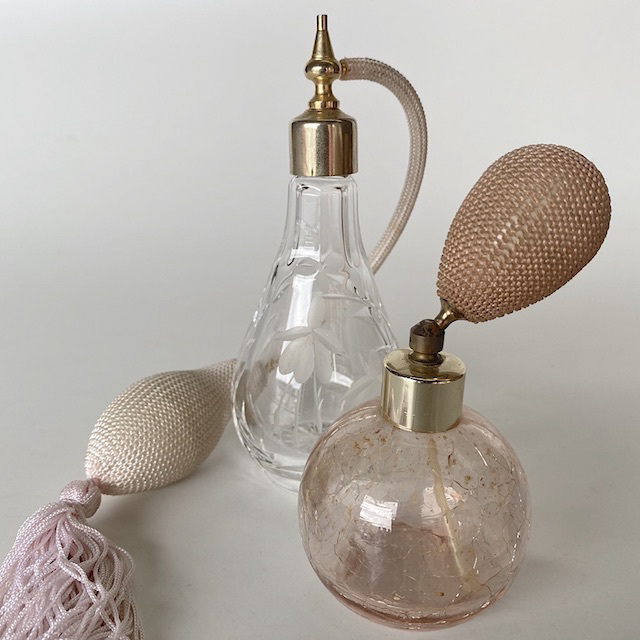 PER0012 PERFUME ATOMISER, Spray Bottle w Pink Tassel $7.50