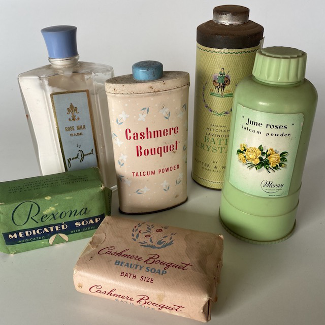 PRO0015 PRODUCT, Bathroom Toiletries - Vintage $5