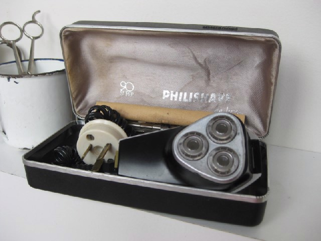 RAZ0002 RAZOR, Mens Electric Philishave Boxed $12.50