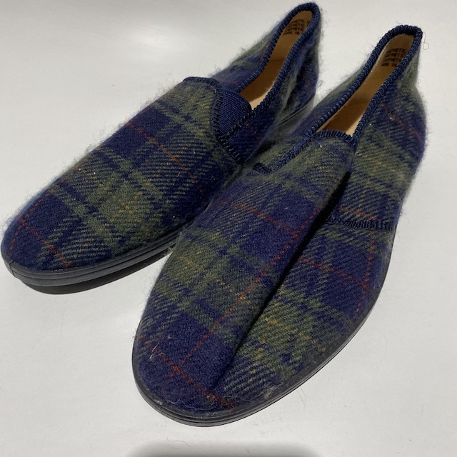 SLI0023 SLIPPER, Pair Men's Blue Green Check $7.50