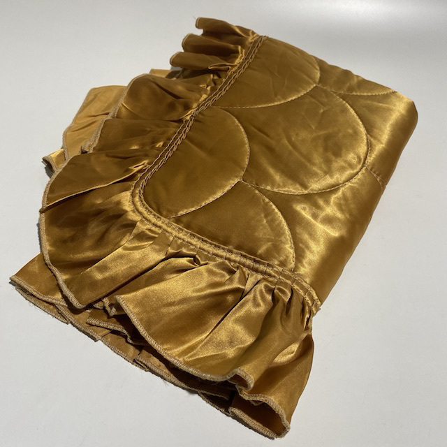 PIL0016 PILLOWCASE, Quilted Satin w Frill Gold $10