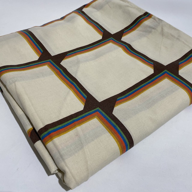 QUI0008 QUILT COVER, Cream Brown Grid Pattern $12.50