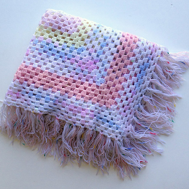 BLA0117, BLANKET (Throw), Crochet 1970 Pastel w Fringe $12.50