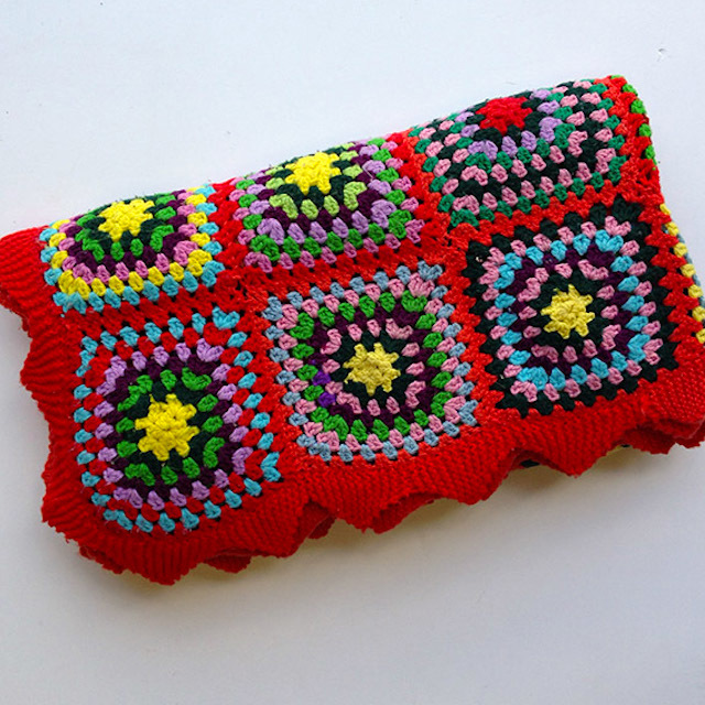 BLA0110, BLANKET (Throw), Crochet 1970 Red w Square Design $18.75