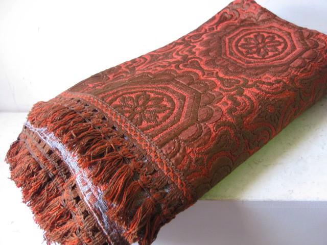 BLA0159, BLANKET, Bedspread - Rust Brown Orange w Trim $20