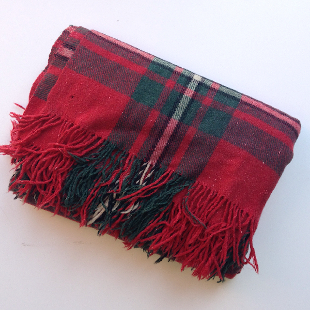BLA0121 BLANKET, Picnic Blanket - Red & Green Wool (ripped) $10