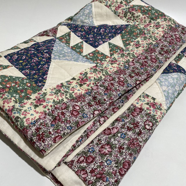 QUI0015 QUILT, Patchwork Navy Dark Red Country Style $18.75