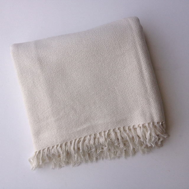 BLA0192, BLANKET (Throw), Cream Self Pattern $10