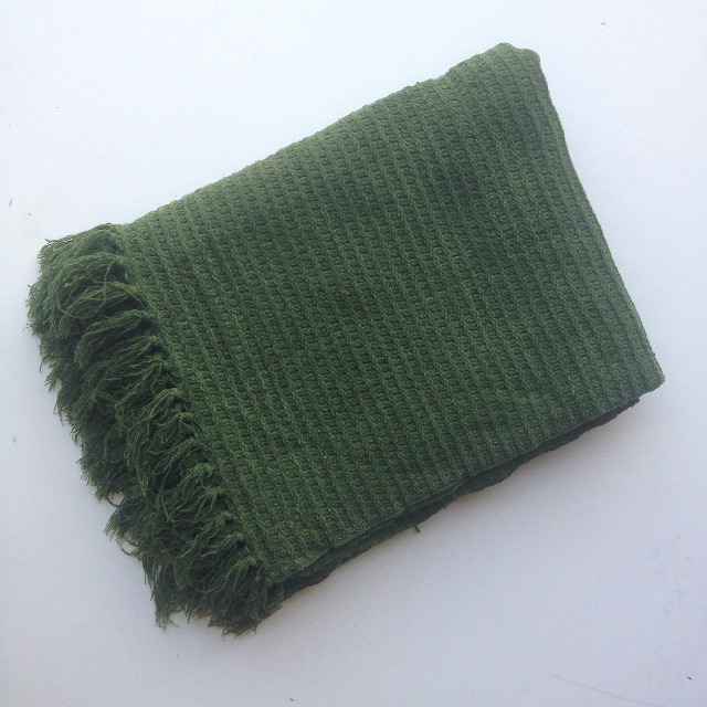 BLA0202, BLANKET (Throw), Green Weave $10