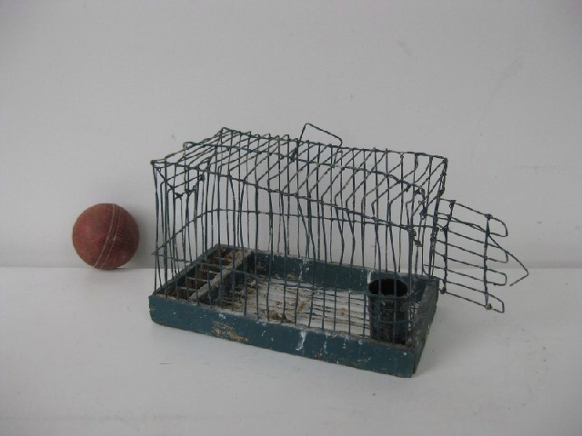 BIR0100 BIRDCAGE, Bird or Rat Cage - Ex Small $10